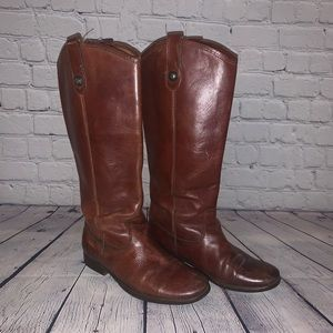 Melissa button side Brown FRYE boots!!! Size 6